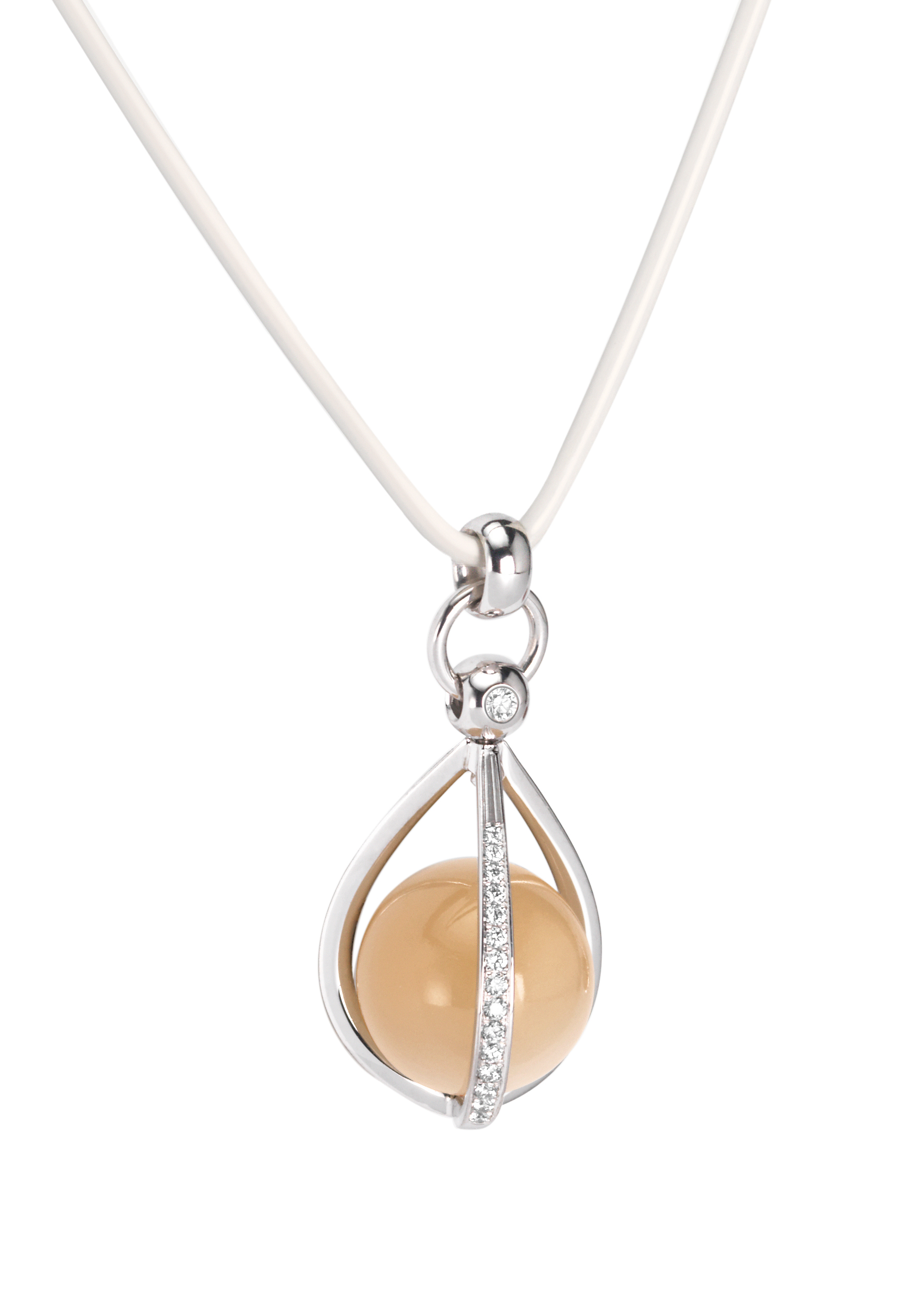 pendant with moonstone and diamonds Furrer Jacot